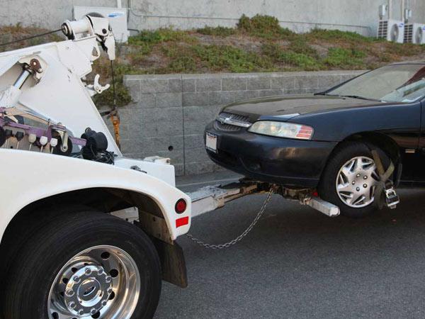 Carroattrezzi-incidente-stradale-noceto